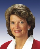 http://countenance.files.wordpress.com/2009/03/lisa-murkowski.jpg?w=163&h=199